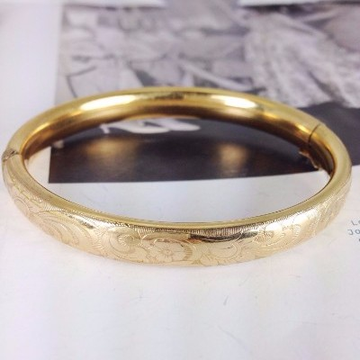 Vintage 1940's gold filled bangle bracelet