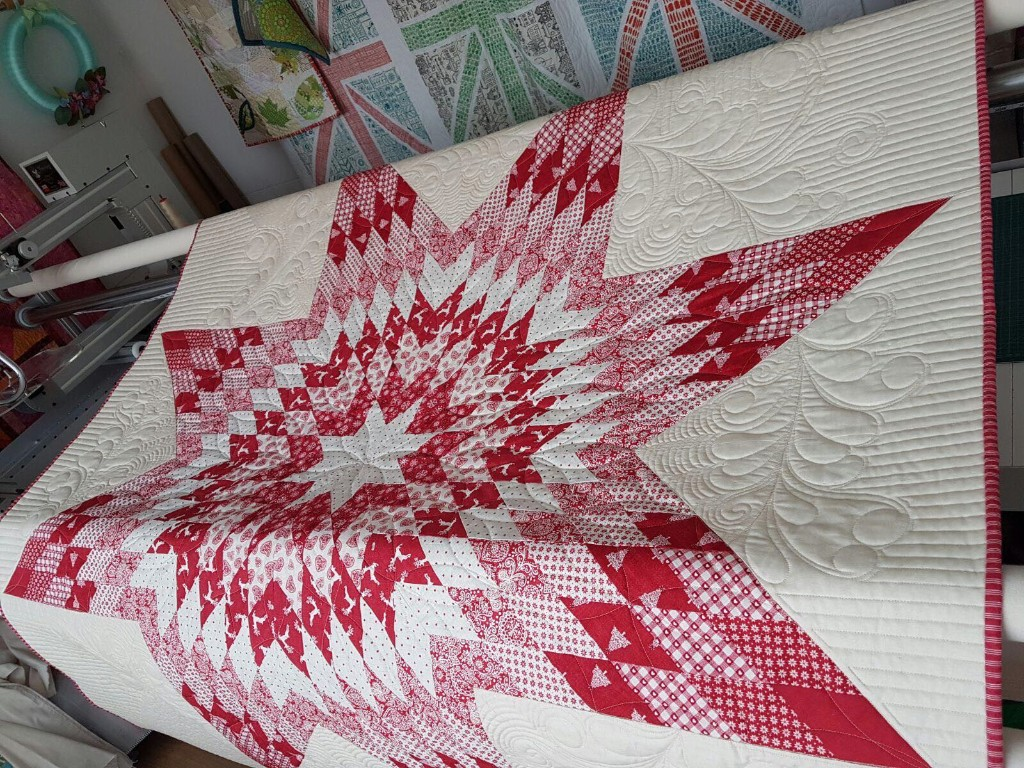 Scandi 4 is a brilliant quilt to make in time for christmas!