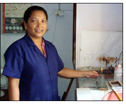 EIG scholarship recipient in Nepal continues her studies while working