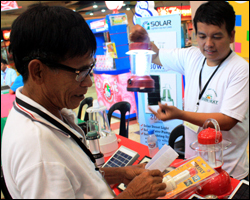Local entrepreneurs help provide solar PV products to rural Mindanao households.