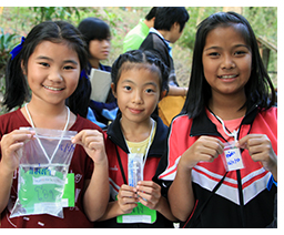 Thai school children gain firsthand knowledge of water quality, river ecosystem monitoring