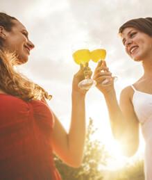 img-wine-bottles