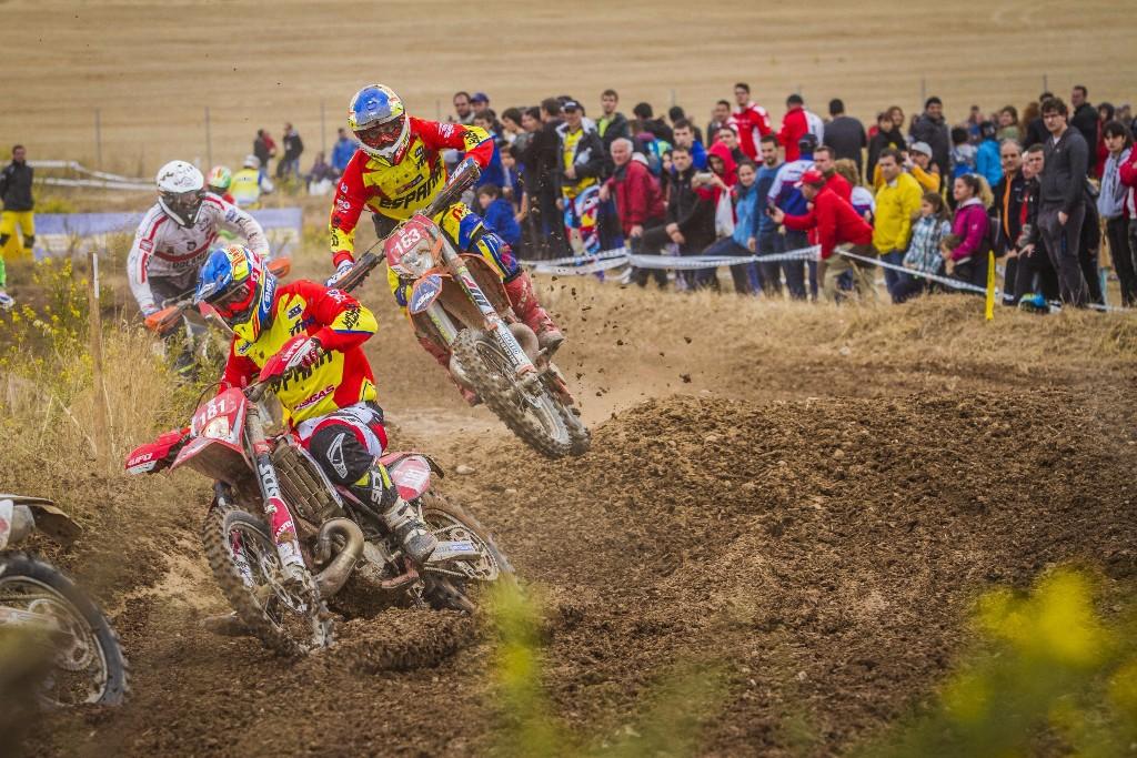 Jonathan Barragán y Jaume Betriu, luchando por una mejor clasificación.
