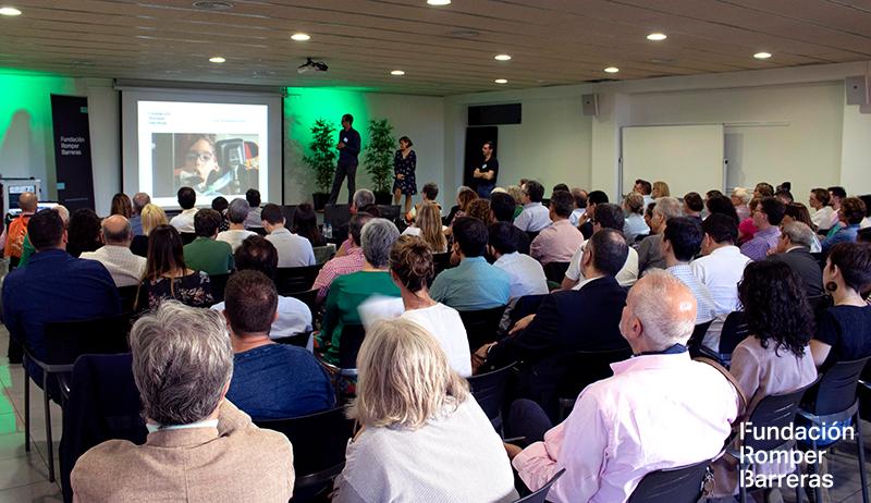 Momento de la presentación oficial de la Fundación Romper Barreras
