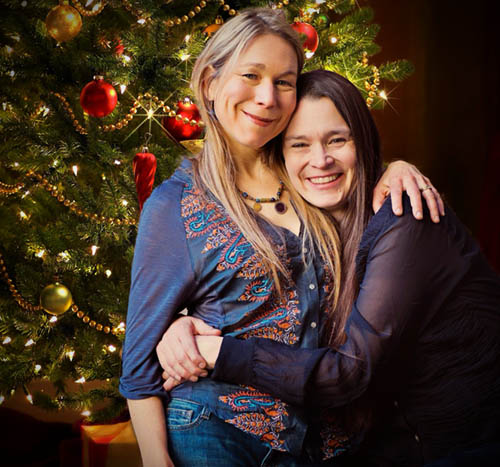 Circle of Friends Coffeehouse: Nields Christmas Show - Dec 8