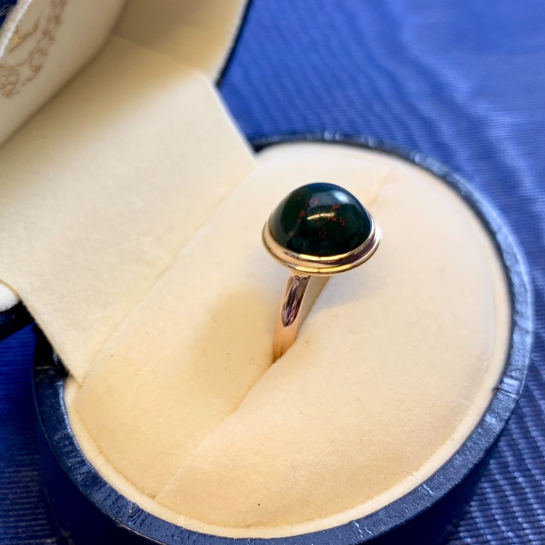 Here is a beautiful bloodstone ring with #10k #rosegold just sitting in the shop right now, waiting for you. #Bloodstone gets its name from the red speckled inclusions of #hematite. The red inclusions are supposed to resemble spots of blood. Do you see it now?