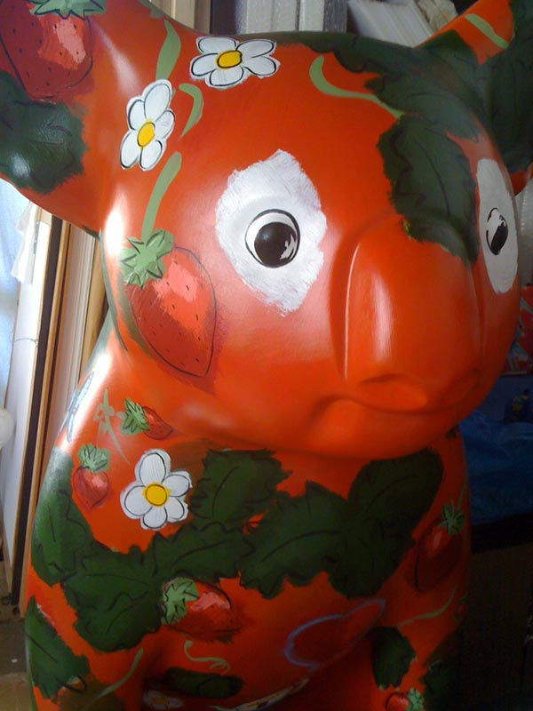 Hello Koalas Berry Beautiful by artist Fiona Morgan sponsored by Ricardoes Tomatoes and Strawberries Port Macquarie