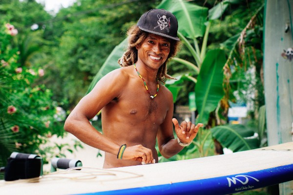Smiles and Pura Vida with Safari Surf Instructors