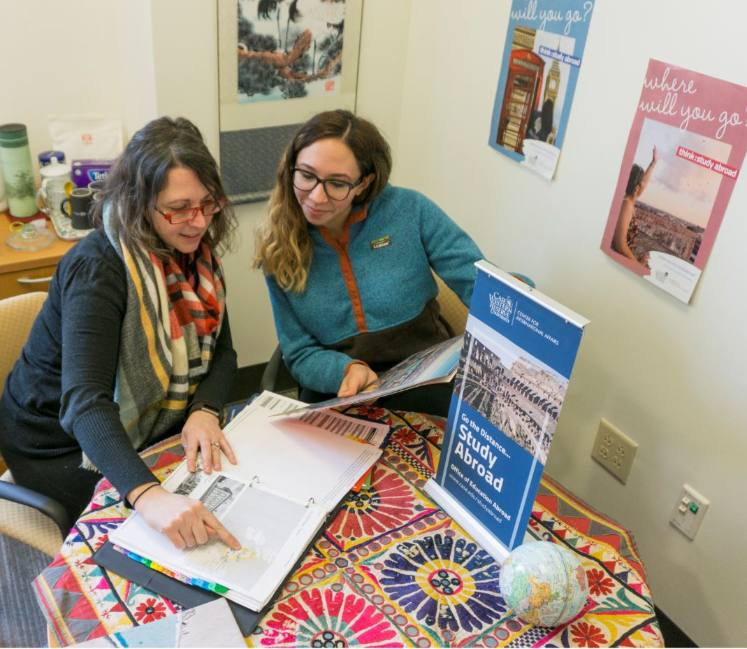 Study Abroad Advisor Cami Ross meets with a student during an advising appointment