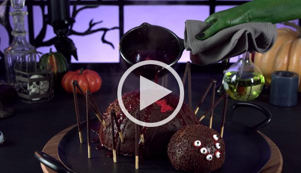 Video surprise spider cake