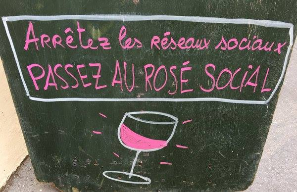 le rosé social
