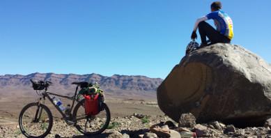 Pedaleando por el Atlas de Marruecos
