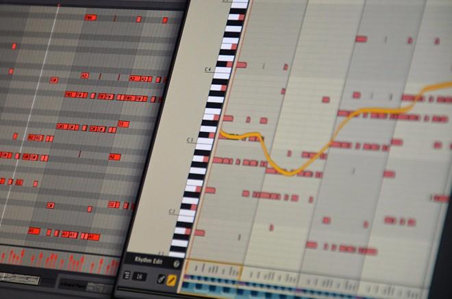 Liquid-Music-VST-AU-Max-for-Live-Plugin