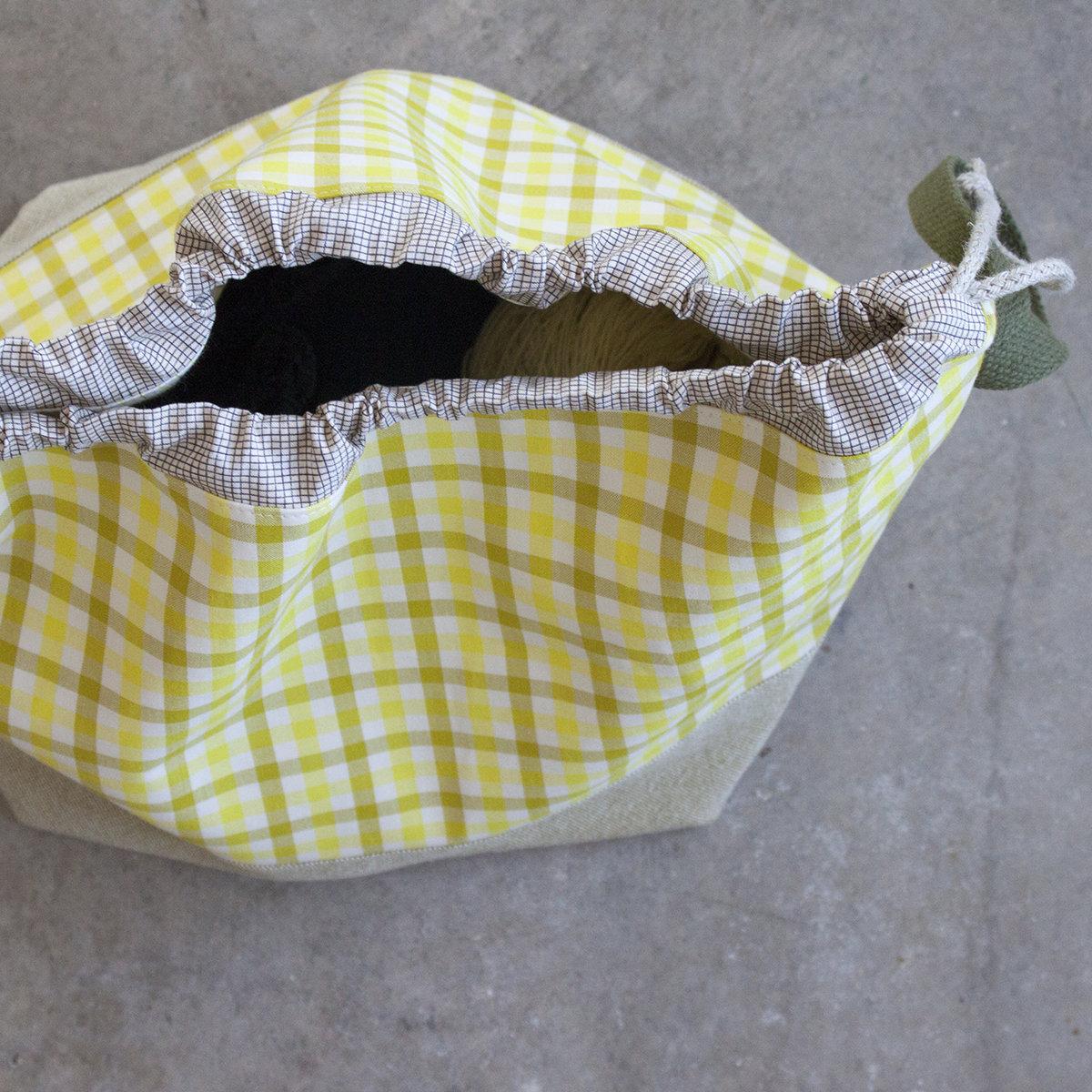 Harriot Finch Bucket Bag