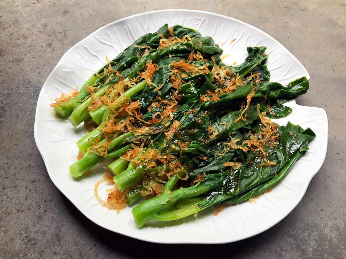 Gai lan with fried shallots