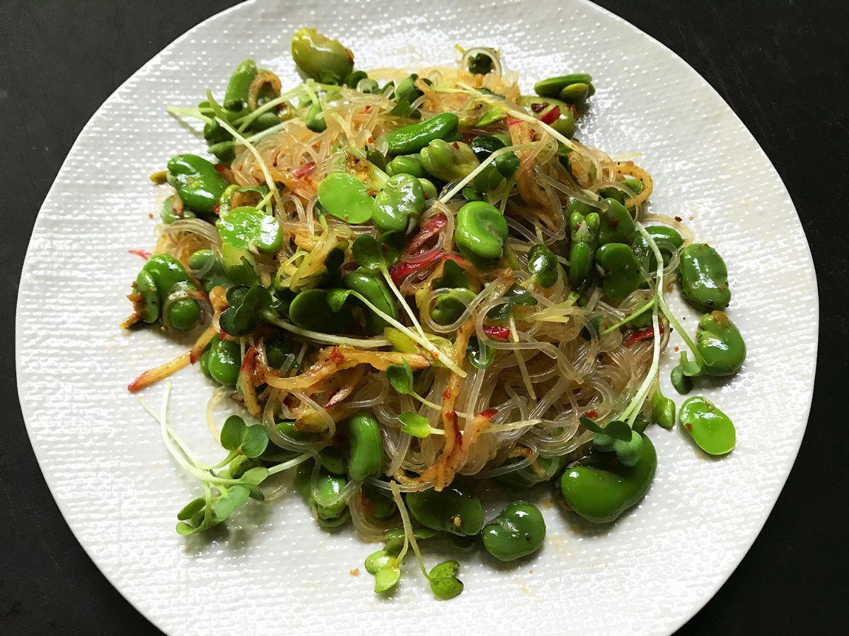 Sichuan fava-bean noodle salad