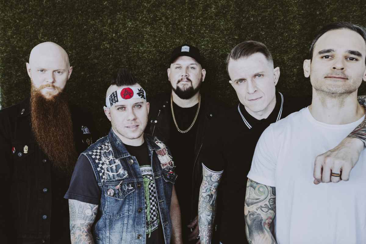 "ATREYU RELEASE ""HOUSE OF GOLD"" VIDEO"