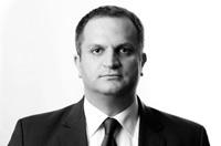 Shpend Ahmeti, A.U.K. professor, wins elections for Mayor of Prishtina