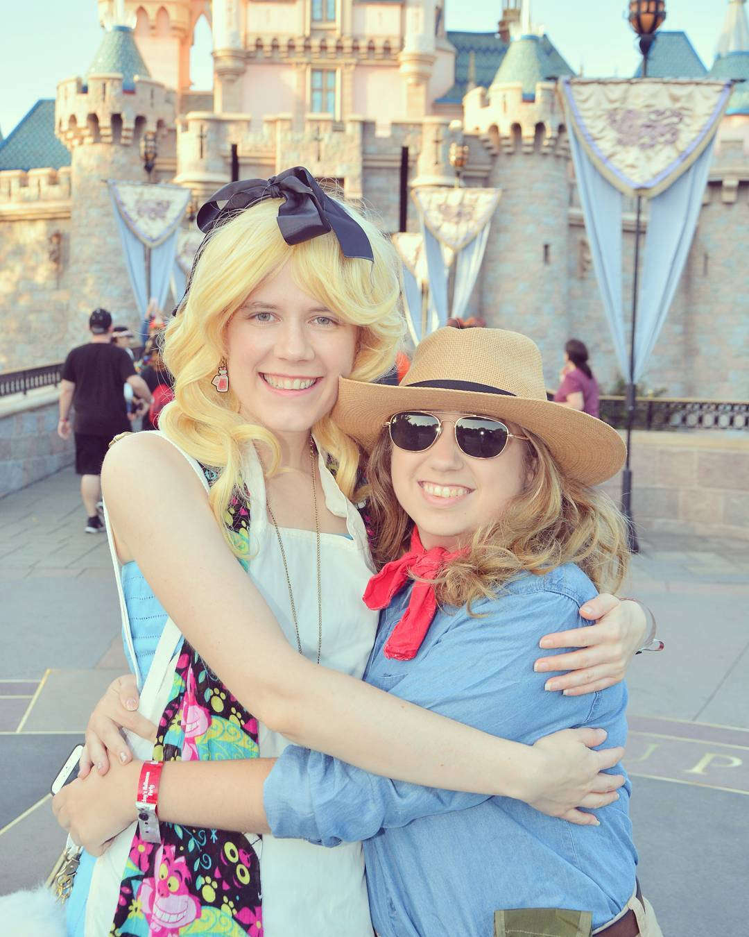 Julia and I rocked the Disneyland Halloween party as Alice in Wonderland and Dr. Alan Grant from Jurassic Park