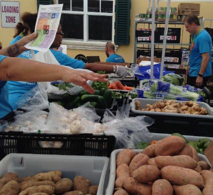 Patients enjoying the Food Farmacy