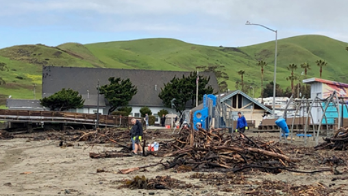 Public Works Cleanup in Cayucos