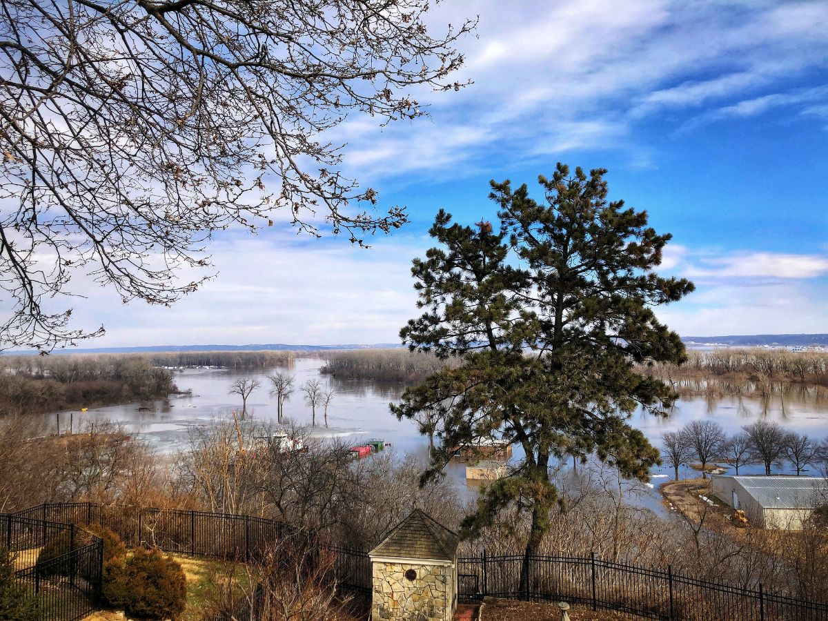 Missouri River flooding in Florence, Omaha, Nebraska. Photo by Shelby L. Bell, March 17, 2019.