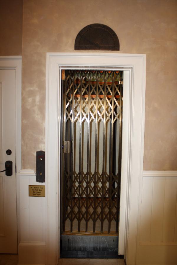 Working scissor-door elevator was installed in the early 1900s