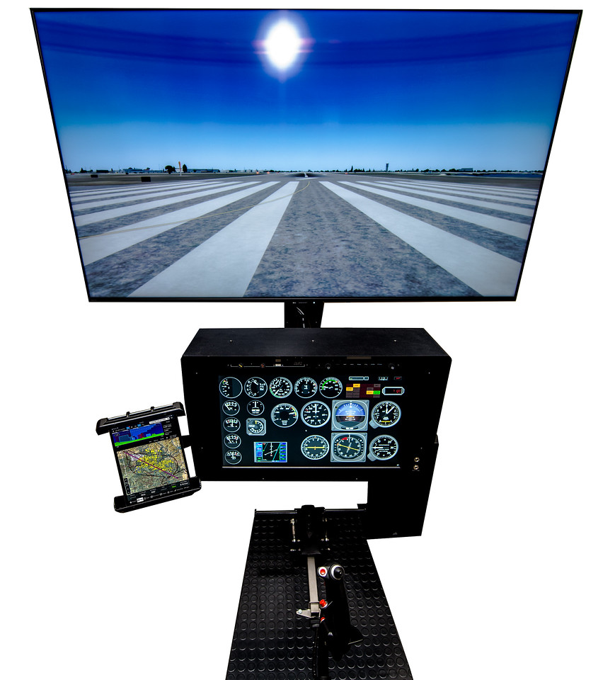 One of our Basic HSTD1 Devices with an optional multi-configurable instrument panel. Helicopter Controls are available as AS350, Bell206, Generic Twist Throttle Collectives.