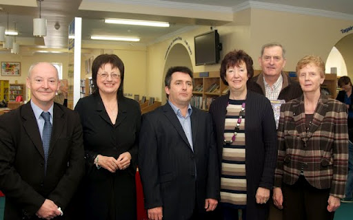 (L to R) Richie Farrell, (Co. Librarian) Gwen Bond (Siarsceal Founder) Oscar Duggan (Publisher/Roscommon in Reflection) Anne Joyce (Poet and judge) Garry Ahern (Shortlisted in Hannah Greally Awards) Mary Gallagher (Shortlisted/Hannah Greally Awards) Pic by Glynn's Photography Castlerea.