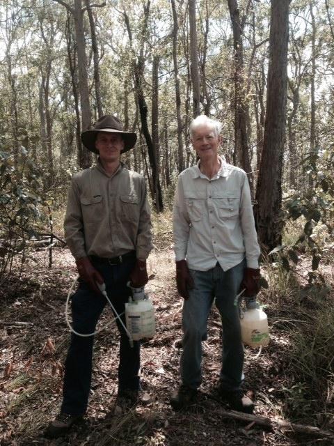 Brett & Rod of Whites Hill Bushcare Group