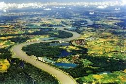 © Landesmedienzentrum BW, A. Brugger / Blick über den Rhein bei Lichtenau