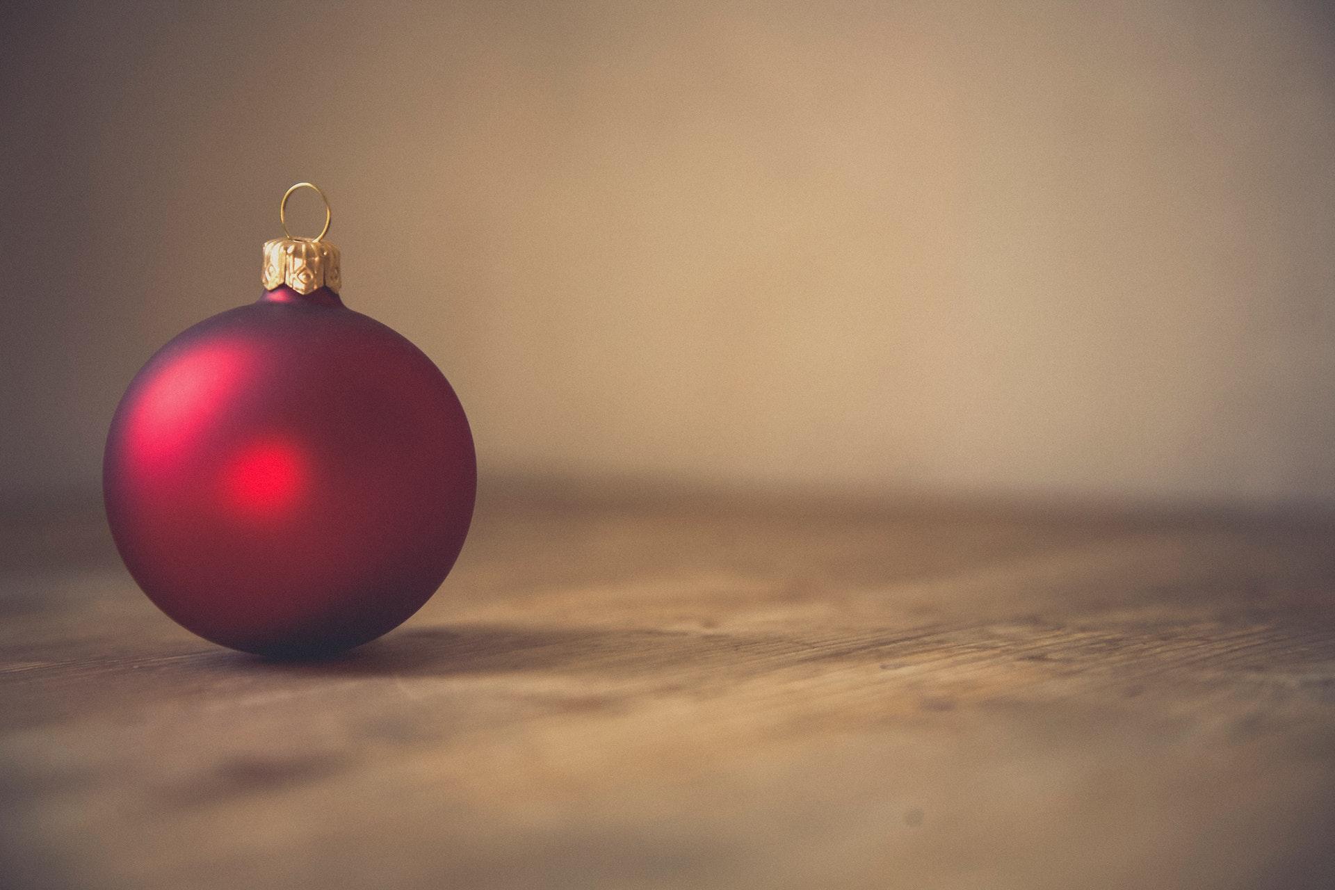 Festive bauble