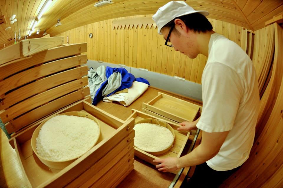 Yoshida Brewery Worker