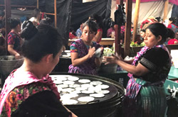 Frauen Tortillas