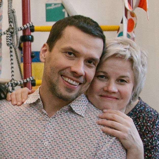 Юра Белонощенко со старшей сестрой Аленой