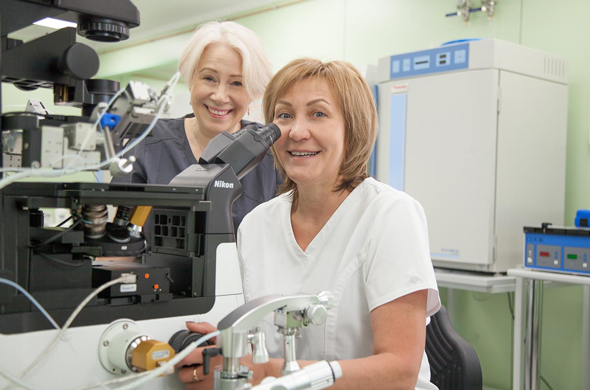 Our embryological lab is run by two the most famous embryologists in Russia: Dr. Anna Gusareva, who moved to us specifically from Moscow, and Dr. Svetlana Shlykova — the most experienced and renowned embryologist in Russia, who has built multiple embryo labs for AVA-Peter in 1996-2018 and now works in our own clinic