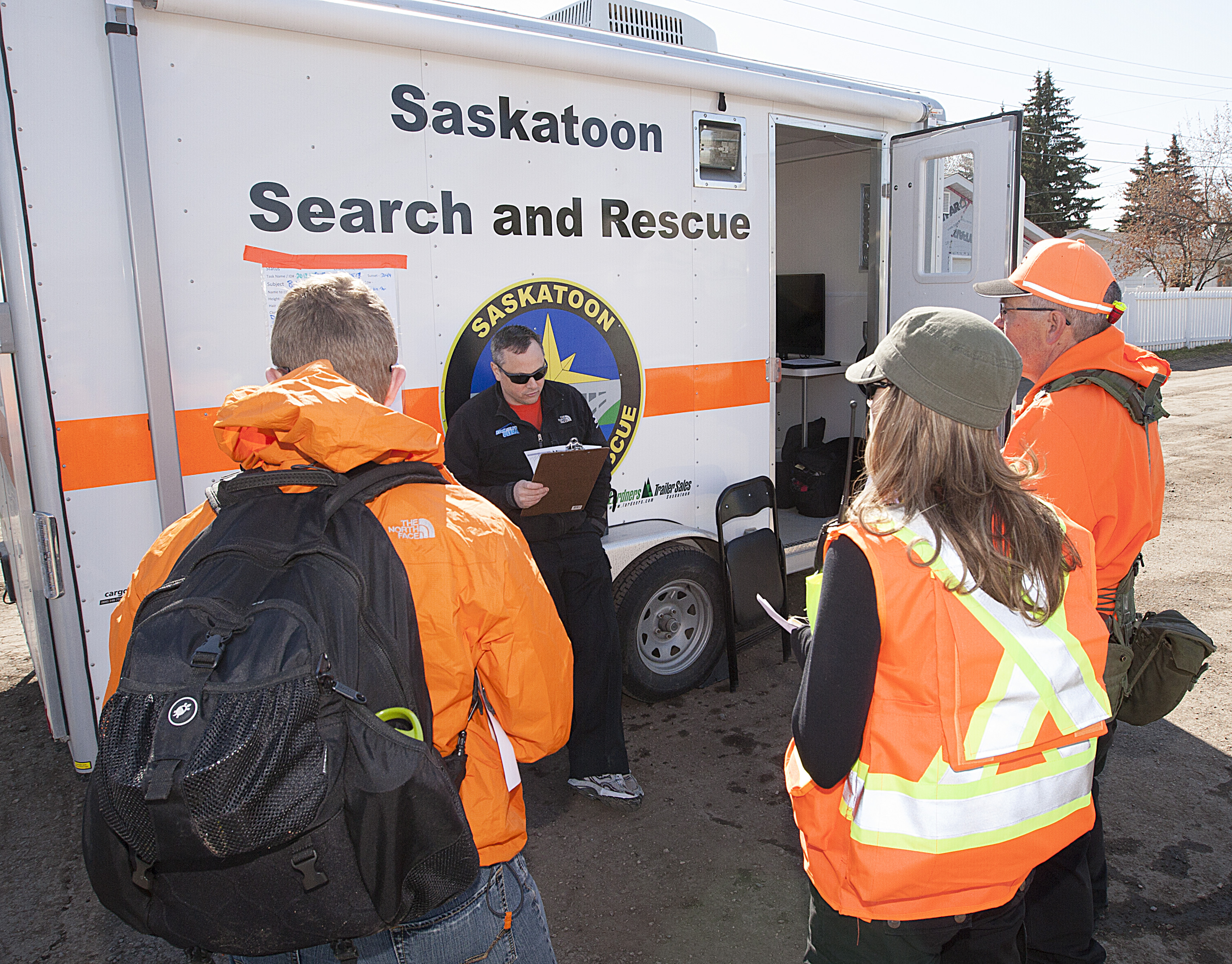 Search Manager Jeff giving info to TL's
