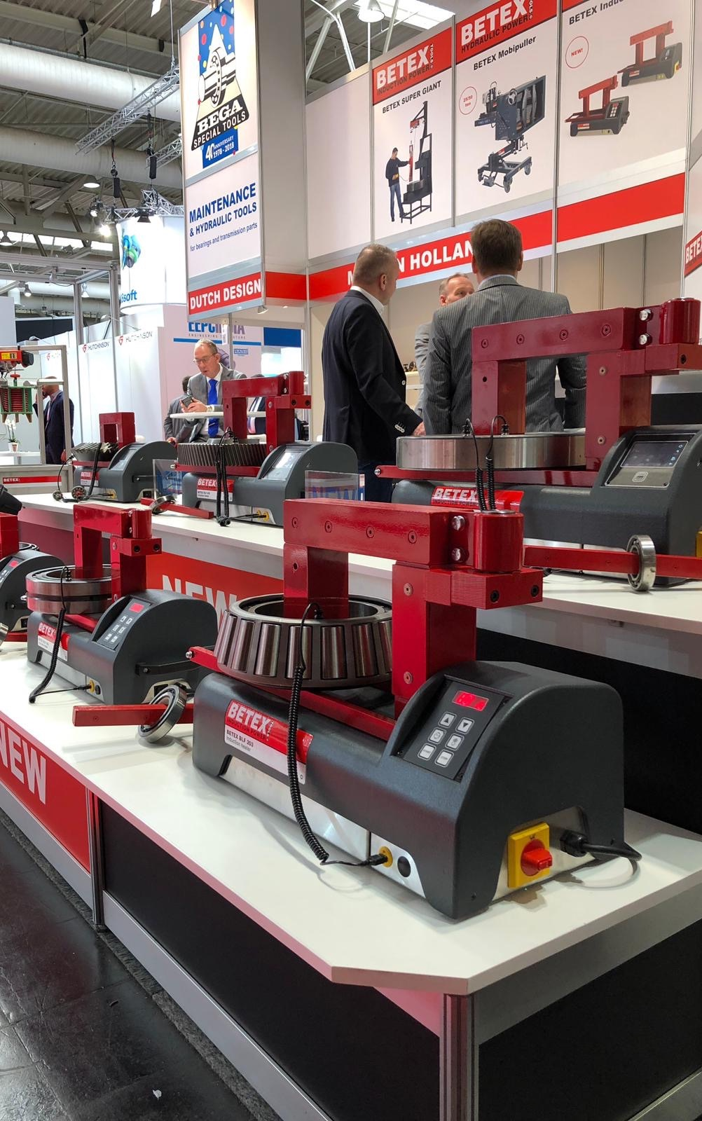 BASIC & SMART series inductionheaters @ Hannover Messe