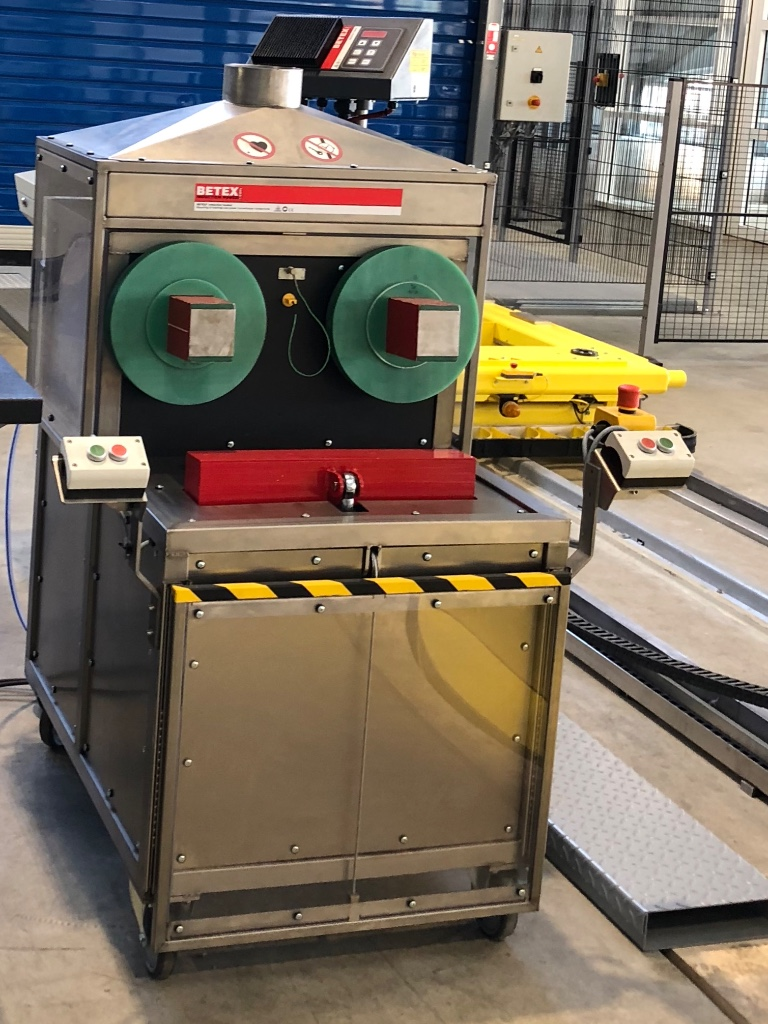 BETEX ZFD TWINHEATER  - rebuilt for safe, controlled and clean heating of 2 bearings simultaneously