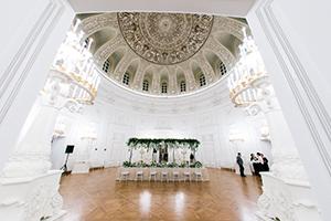 Идеальный зал для проведения свадебного банкета в Москве в Петровском Путевом Дворце