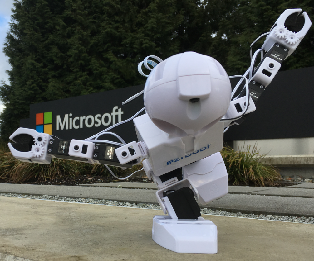It's Alive! Machine Learning with EZ-Robot!