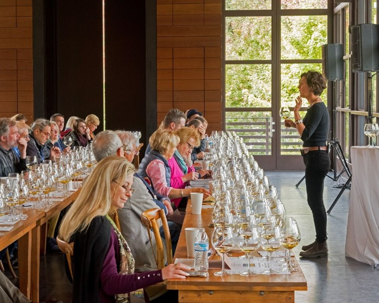 The history of California Chardonnays was presented by writer Elaine Chukan Brown at La Crema Winery, Healdsburg, followed by a lunch with wines from the North Coast and Central Coast