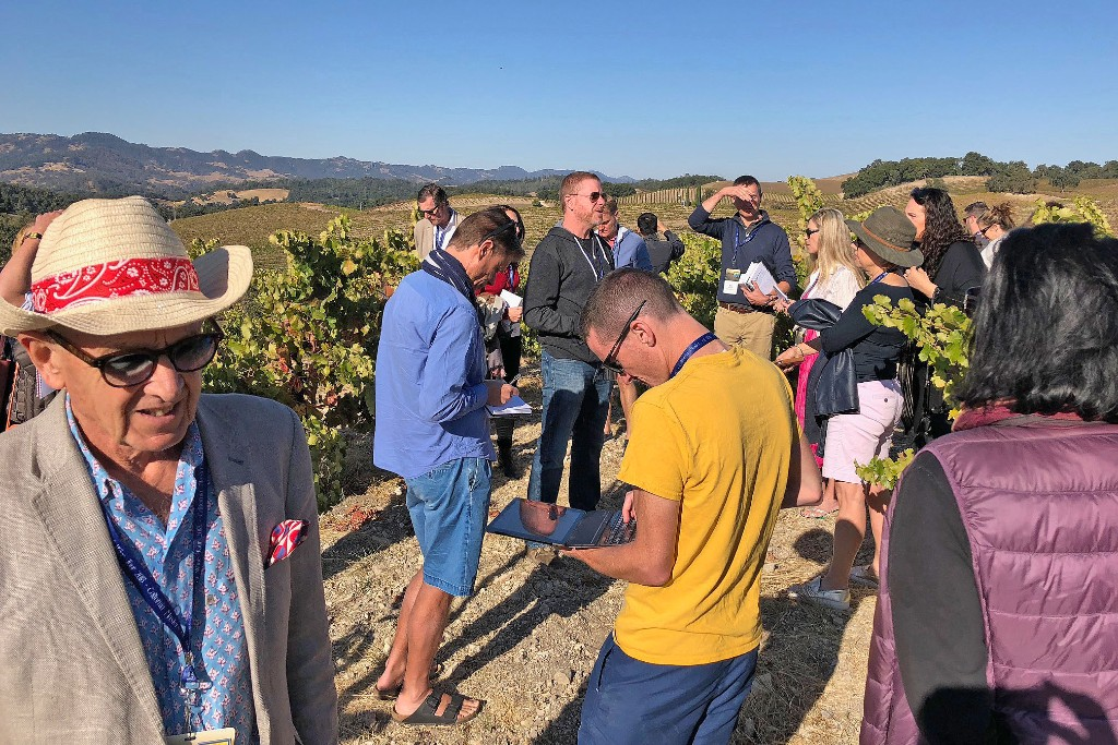 Vintner Jason Haas led a tour of Tablas Creek Vineyard, followed by a Rhône component tasting with Paso Robles winemakers