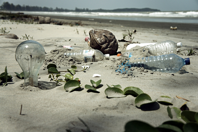Plastic Beach © epSos.de*