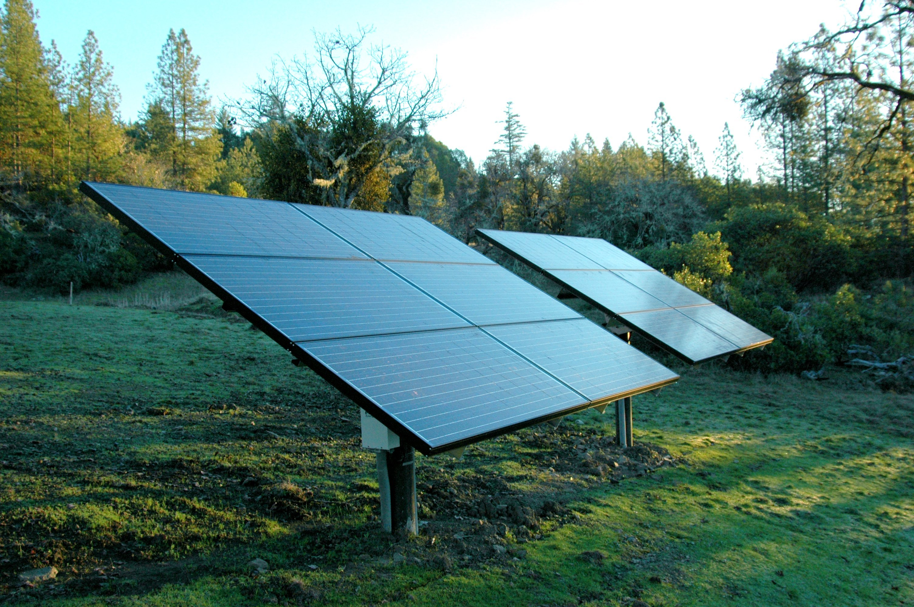 Solar modules on Post mounts
