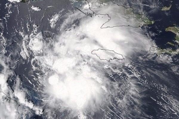 Hurricane Earl. © NOAA, NASA's Goddard MODIS Rapid Response Team.