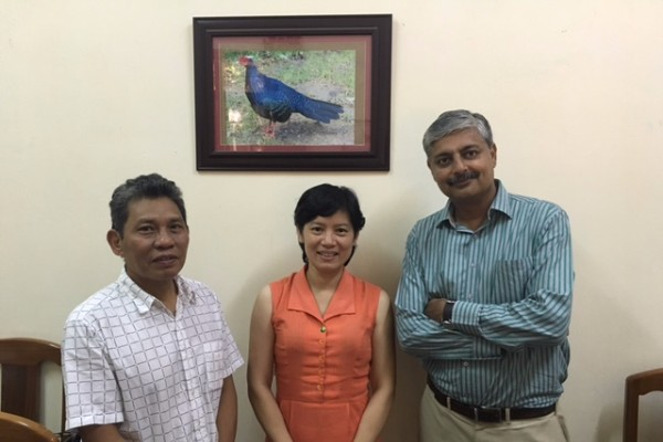 LeTrong Trai (Viet Nature), Pham Tuan Anh (Viet Nature) and Vivek Menon (Wildlife Trust of India).
