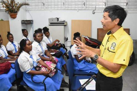 MAJ talks health in schools