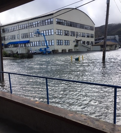 Flooding at Gate 5 Road