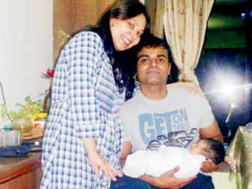 Capt James with wife and son (deceased) Photo: NDTV